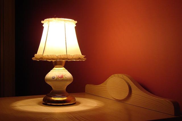 lampa ložnice